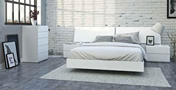 5-Pc Eco-friendly Queen Bedroom Set in White Finish
