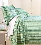 Queen Seersucker Bedspread, in Green