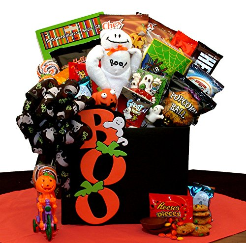 Ghostly Boo To You Halloween Gift Box (Halloween College Stories)