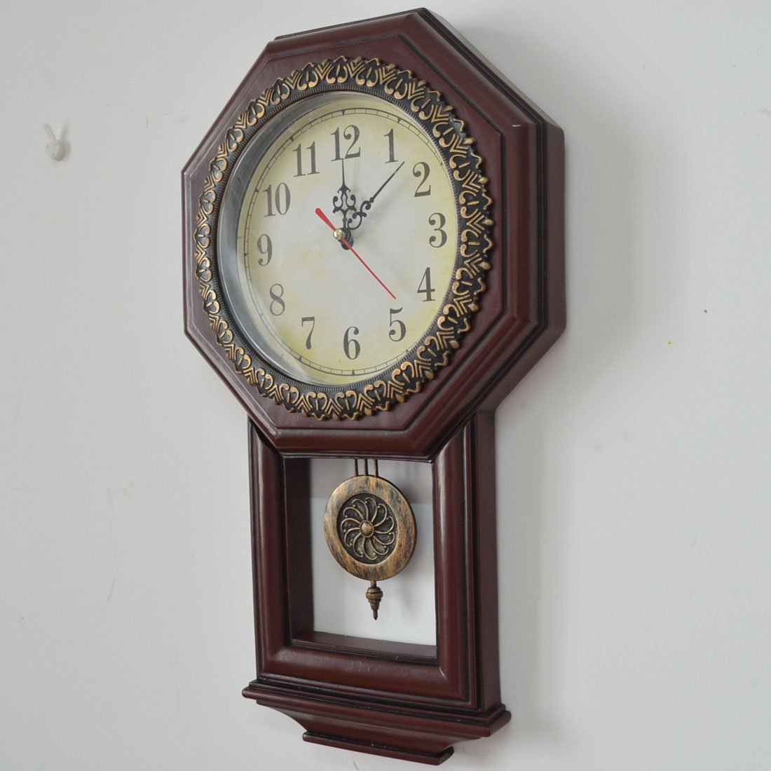 Giftgarden Housewarming Vintage Wall Clock Imitation Wood Color for Bedroom Decor 5