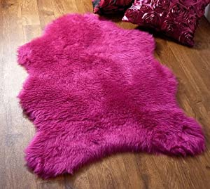 Fuschia hot pink faux fur sheepskin style single rug 70 x 100 cm