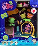 Littlest Pet Shop Deluxe Playset Fanciest Turtle and Parrot Image