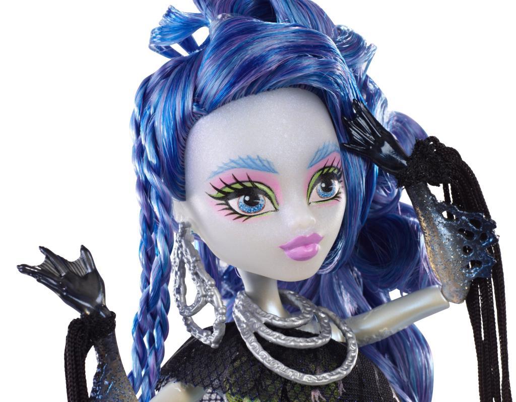 Amazon.com: Monster High Freaky Fusion Sirena von Boo Doll: Toys