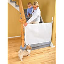 Dreambaby Retractable White Gate
