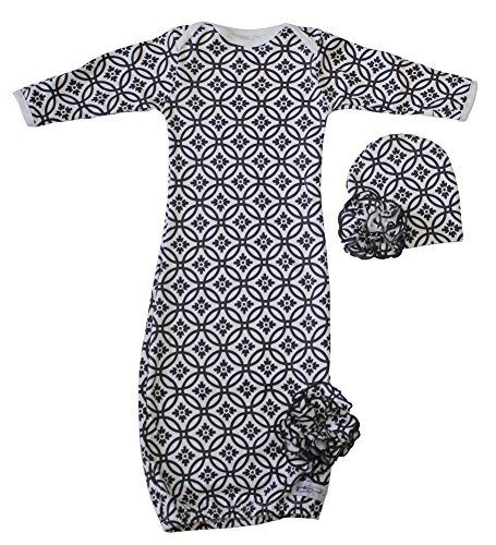 Woombie Indian Cotton Gowns Plus Hat, Mod Black Circles, 7-15 Lbs - 1