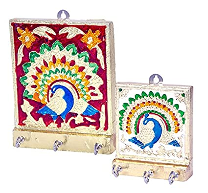 e776c5714 Wooden Key Holder Set available at Amazon for Rs.195