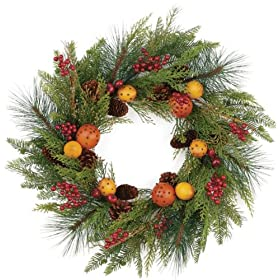 Pomander Pine and Berries Wreath (24 inch)