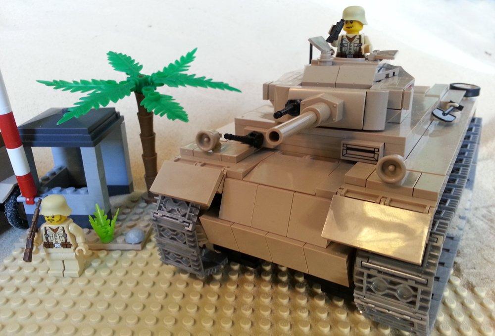 Modbrix 2451 – 400-teiliges Afrika Korps Bausteine Set, Panzer III Ausf.J Sd Kfz. 141 inkl. custom Wehrmacht Soldaten aus original Lego© Teilen jetzt bestellen
