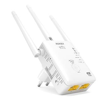 AUKEY Wifi Répéteur Dual Band 5GHz 450Mbps + 2.4GHz 300MbpsAP/Router Compatible avec Le Nouveau Standard 802.11ac et avec 3 Antennes Externes et un RJ-45 Ethernet Câble WiFi Range Extender Amplificateur Wall-plug-Blanc