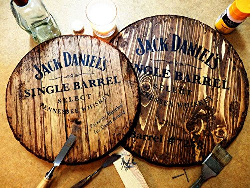 jack-daniels-personalized-decorative-sign-whiskey-barrel-top-handpainted-liquor-artwork-and-your-mes