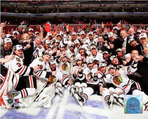 Chicago Blackhawks 2010 Stanley Cup Championship Team Celebration Photo 16x20