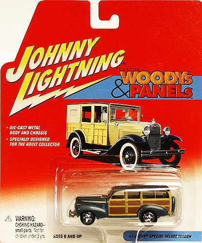 Johnny Lightning Woodys & Panels '41 Chevy Special Deluxe Wagon - 1