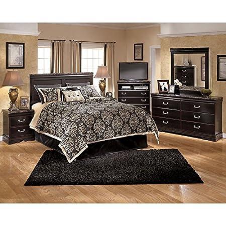 Esmarelda Panel Headboard Bedroom Set