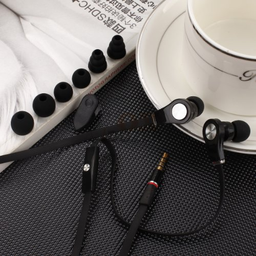 Universal Headphones With Mic Come With Three Extra Separate Sizes Of Silicone Eartips And Clip. (Black)