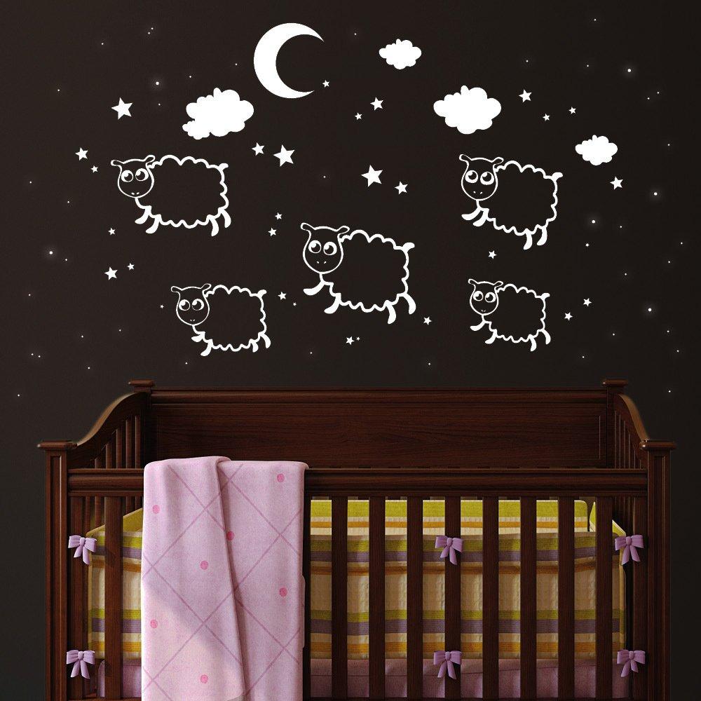 """Wandtattoo Loft """"Schäfchen mit 100 Leuchtaufklebern"""" – Wandtattoo (NICHT leuchtende Schäfchen) und Leuchtaufkleber für einen tollen Sternenhimmel im Kinderzimmer (leuchten im Dunkeln) kaufen"""