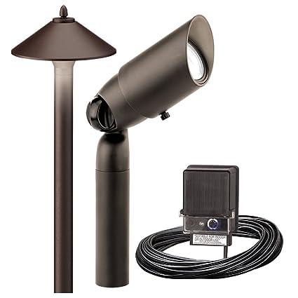 low voltage landscape lighting outdoor driveway path lights. Black Bedroom Furniture Sets. Home Design Ideas
