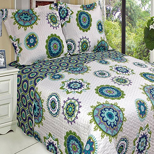 Contemporary Boho Medallion Blue Teal Lightweight Oversized Quilt Coverlet Set Full/Queen front-1031526