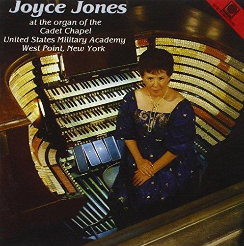 joyce-jones-at-the-cadet-chapel-new-york
