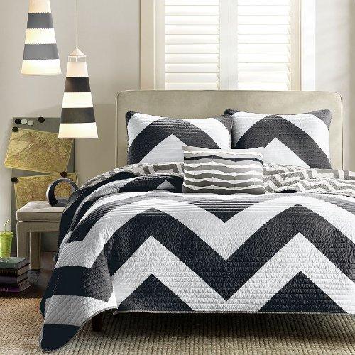 White Queen Bedroom Set 170892 front