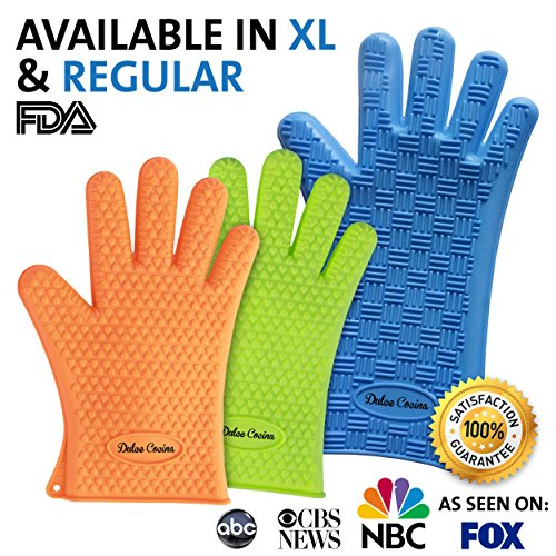 Best Oven Safety Mitts - Don'T Burn Your Hands When Cooking! Top Quality Silicone Gloves Fit Your Hands Perfectly - Safely Handle Hot Meats On Smoker - Superior Grip - Waterproof - Replace Your Old Potholders & Oven Mitts - Lifetime Guarantee!