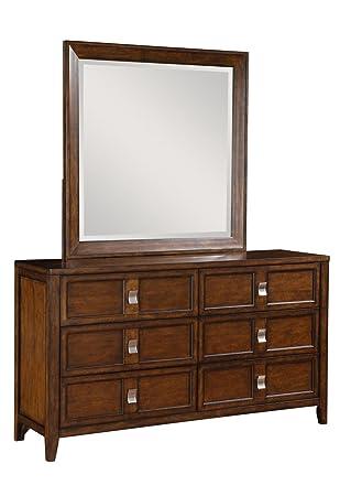 Pulaski SLD Bayfield Drawer Dresser