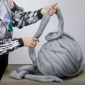 Giant Wool Yarn Chunky Merino Arm Knitting Super Soft Wool Yarn Bulky Wool Roving Grey 2.2 lbs (Color: Grey, Tamaño: 2.2 lbs)