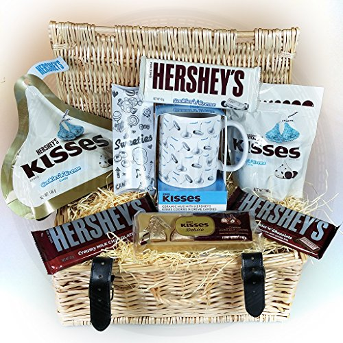 herseys-kisses-christmas-wicker-hamper-cookiesncreme-pouches-chocolate-bars-ceramic-mug-and-kisses-d