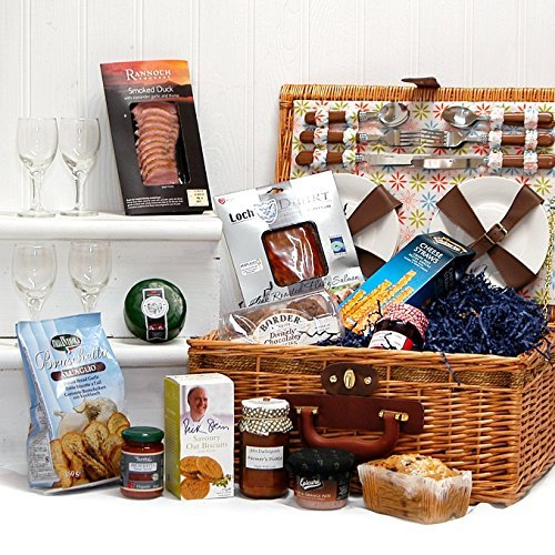 Florence 4 Person Picnic Basket Hamper & a Luxury Fine Food ...