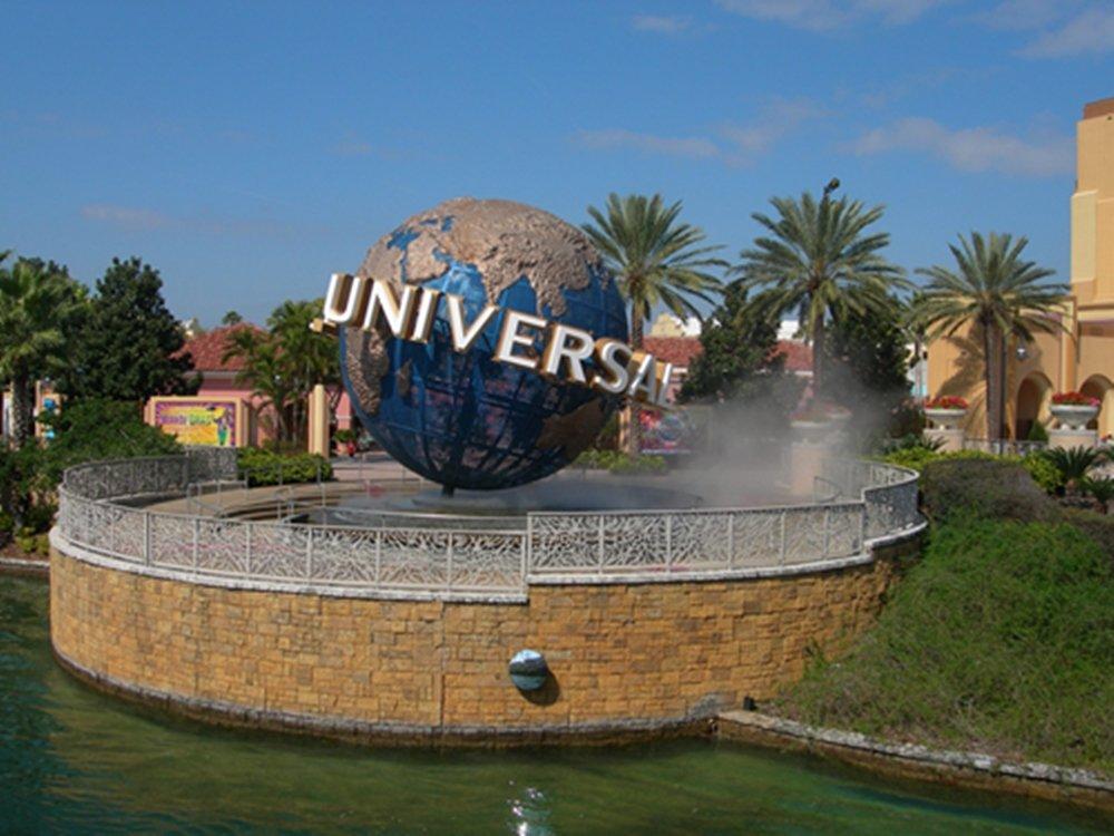 Amazon.com: A Visit To Universal Studio(Florida,California,Japan ...