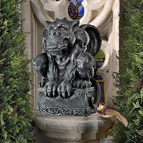 Design Toscano Nag's Head Pub Gargoyle Halloween Statue by artist Liam Manchester (London Halloween Stores)