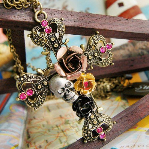 Dgi Mart Fashion Vintage Cross With Rose And Skull Pendant With Chain front-604387