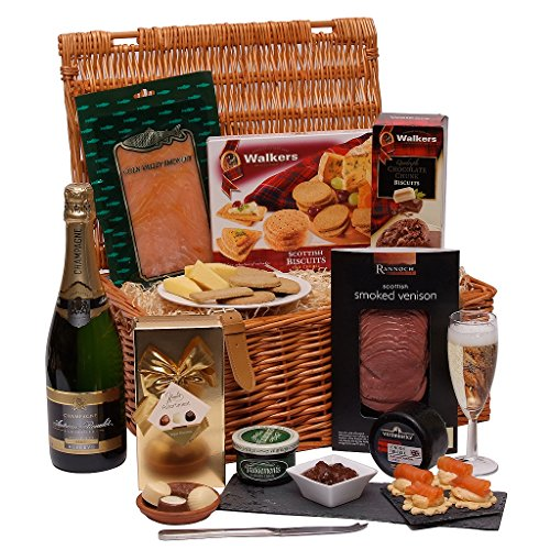 the-christmas-grand-hamper-luxury-hampers-food-and-champagne-gift-for-xmas-presented-in-a-traditiona