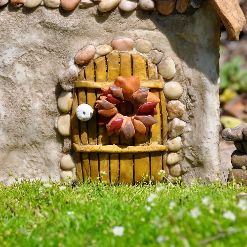 Miniature Fairy Garden Holiday Wreath, Fall - 1