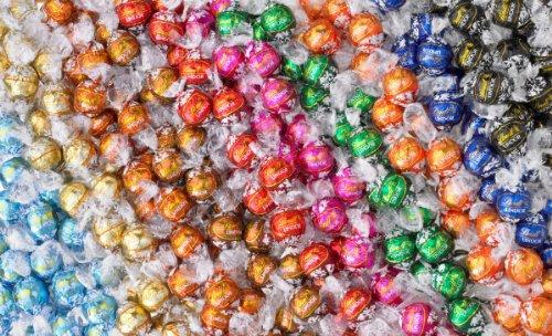 lindt-lindor-truffles-8-10-flavor-variety-box-60-truffles-total