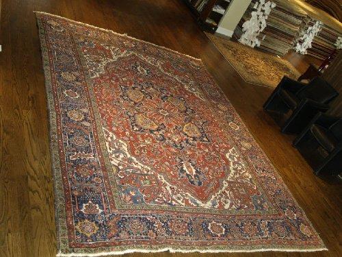 Handmade Antique Persian Heriz Rug 9'x12'