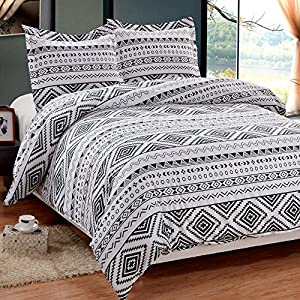NTBAY 3 Pieces Reversible Printed Microfiber Duvet Cover Set with Hidden Button(Queen,White and Black)