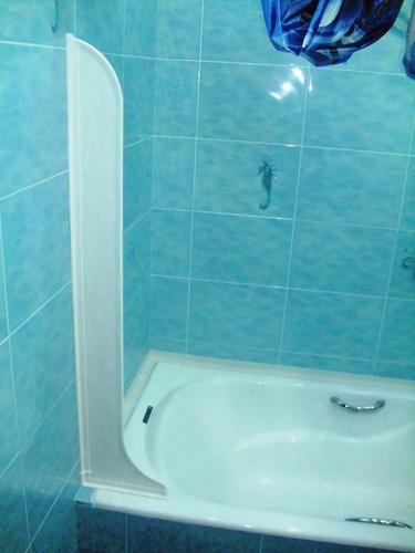 Spraymaid Bathtub Splash Guards In White Bathtub Walls