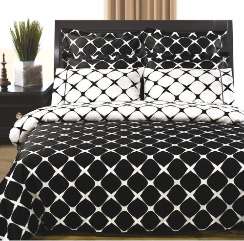 Black & White Bloomingdale 9Pc Egyptian Cotton Bed In A Bag, King 9Pc Set front-1038401