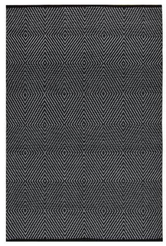 Zen - Black & Bright White 5 feet by 8 feet