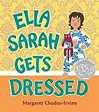 Ella Sarah Gets Dressed: Lap-Sized Board Book