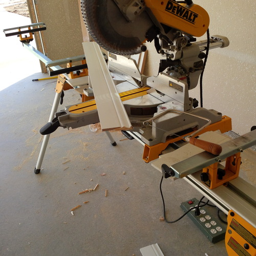 Dewalt Dw7029 Wide Miter Saw Stand Material Support And Stop Miter Saw Accessories