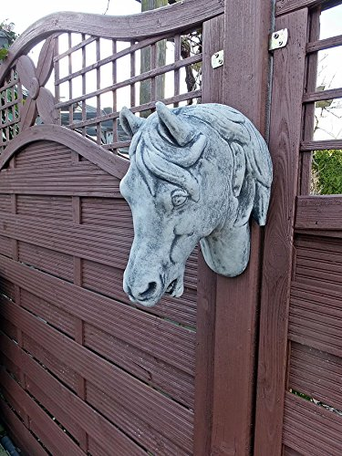 Steinfigur pferdekopf pferd zum aufh ngen gartenfigur - Qs gartendeko ...