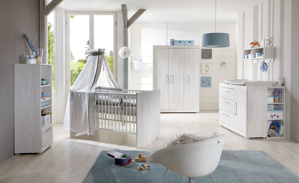 3-tlg. Babyzimmer in Scandic Wood Nachbildung mit Griffen in mattem Silber,3-trg Kleiderschrank (B: 130),Kinderbett (B: 144) und Wickelkommode (B:114)