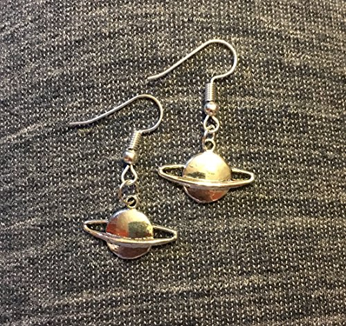 rings-of-saturn-silver-tone-charm-earrings-on-french-hook-wires-handmade-planet-jewelry
