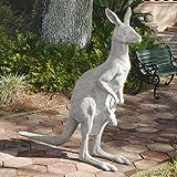 Design Toscano Australian Outback Kangaroo Garden Statue