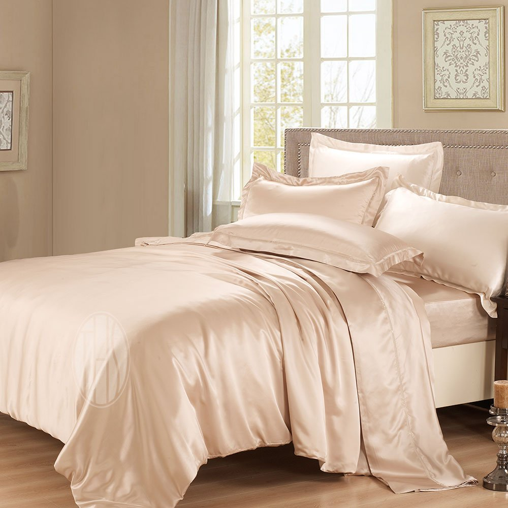 Happy living bring a new look to your bedroom with silk bedding sets - Bring your bedroom to life with great comforter sets ...