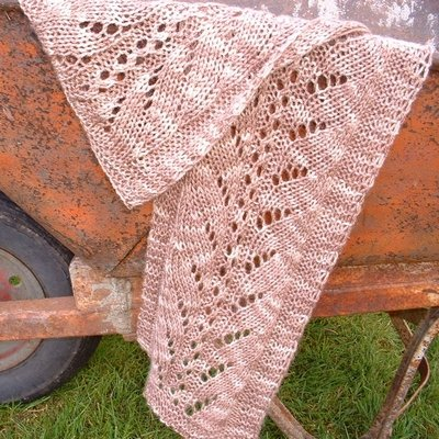 Easy Lace Knitting Patterns Free : EASY KNIT LACE PATTERN SCARF FREE KNITTING PATTERNS