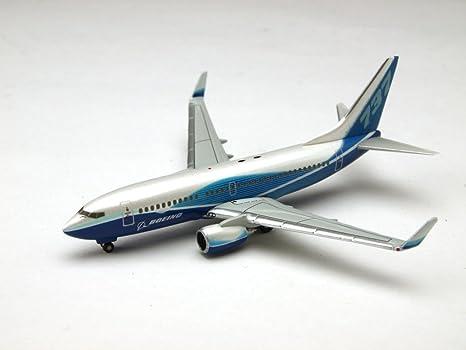 Boeing 737-700 W/ Winglet maquette avion échelle 1:500
