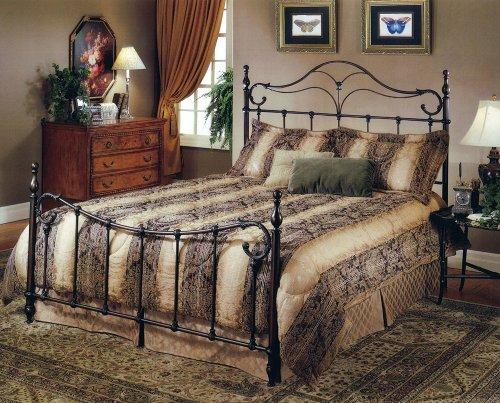 Hillsdale Furniture 1249Bqr Bennett Bed Set With Rails, Queen, Antique Bronze front-970716