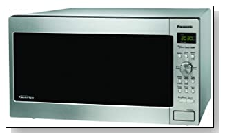 Panasonic NN-SD962S Genius 2.2 cuft 1250-Watt Sensor Microwave with Inverter Technology Stainless Steel